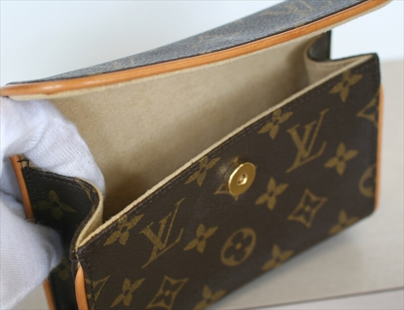 LOUIS VUITTON Pochette FLORENTINE Waist Bag Monogram