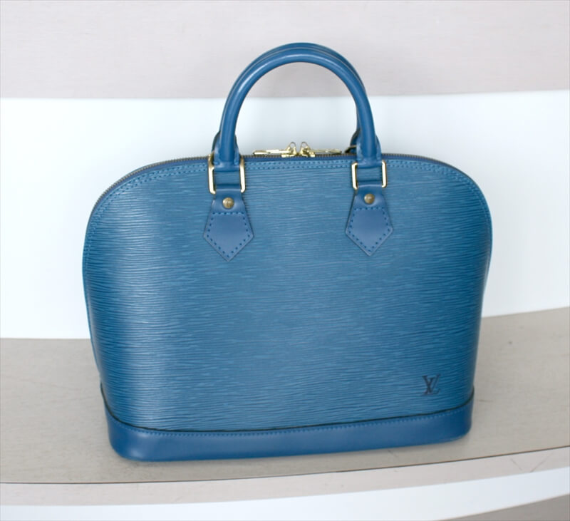 LOUIS VUITTON ALMA Epi Blue